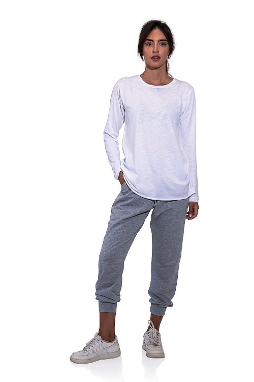 ROUNDNECK  LOOSE COTTON TOP WITH LONG SLEEVES